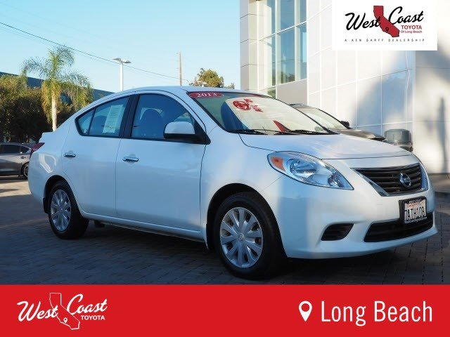 Pre Owned 2013 Nissan Versa SV