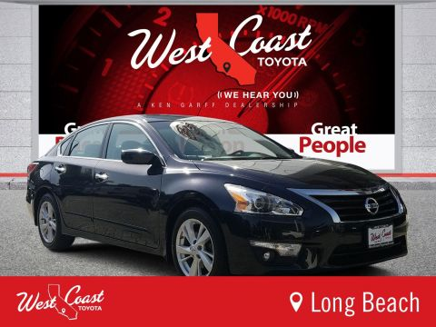 Pre-Owned 2015 Nissan Altima 2.5 SV
