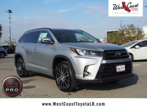 New 2018 Toyota Highlander SE